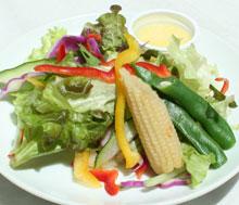 グリーンハーブサラダ 豆腐とコーンのドレッシング